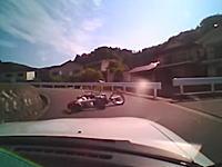 この事故って車側にも過失あるの?過失の割り合いを巡って係争中ドラレコ動画。