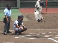 バット回しすぎwww高校野球埼玉大会に現れたバッターボックスで大暴れする選手の動画が話題に。