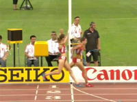 世界陸上女子10000m決勝でやっちまった動画。ゴール手前でバンザイしようとしたら・・・。