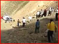 ヘリのメインローターブレードに触れた男性が死亡。上から近づいたらあかんて(°_°)