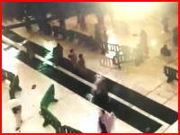 クレーンが直撃した瞬間のモスク内部の映像が公開される。これはヤバすぎる(((゚Д゚)))