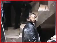 こんな一生の終わり方悲惨すぎる。階段から飛び出た鉄骨に頭を貫かれて亡くなった男性。