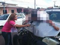 これはワロタwww事故で大怪我してる人にインタビューを行おうとするリポーターwww