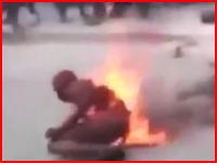 「同性愛者は死ね」生きたまま火を付けられて焼かれたカップル。ハイチでホモがばれるとこうなるらしい。