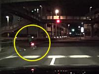警官に憧れていた偽パトカーうp主。逃走バイクを追跡して警察の真似事を行う。
