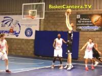 もはやチート。15歳のバスケットボールの試合に身長230cmの15歳が出場したら。