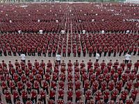 学生多すぎワロタ。中国最大の武術学校による生徒36000人のパフォーマンス。