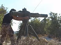 グングン動画。自由シリア軍がUS製TOWミサイルでロシアのヘリコプターを破壊。オレオレニッキ。