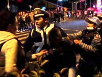 大阪で警官に集団で暴行を加える若者たちの映像が投稿される。イレブンスリー