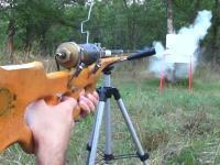 弾は釘。殺傷能力の高そうな空気銃を作ってみた。制作過程と試し打ちの動画。