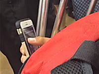 日本の電車で隣の席になったヤツが難解すぎるパスコードを入力していたwww動画が人気に。