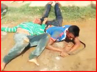 村人たちに捕まった連続強盗犯、警察に連行されるまでもなくその場で殺される(°_°)私刑。