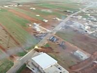 すごい映像がキタゾ。戦車隊による村襲撃の様子を空撮したビデオが公開される。