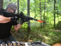 怖い実験。サプレッサーはM16自動小銃の連射にどこまで耐えられるのか。テストしてみた。