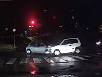 マーチとホンダZが正面衝突事故を起こす瞬間。マーチはどこを見てたんだ?