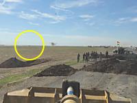 イスラム国の自爆トラックが迫ってくる緊張感。破壊に成功してヤッハーゥ!動画。