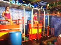 タイで発見した夜店のゲームひどすwww左のねーちゃんwwwwwwww
