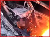 これ人だよな・・・。車内に取り残されて焼かれて骸骨になってしまった人の映像。