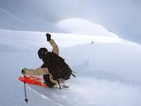 ブンブン自画撮り。スイスのスキーヤーが編み出したiPhoneを使った撮影方法が素敵。