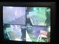 神戸山口系志闘会にダンプが突っ込む瞬間の映像がネットに公開されていた。