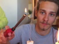 面白実験。ロウソクの「煙」に火を近づけてみると!?面白い事が起きるらしい。