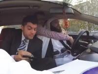 このドッキリはアウト。タクシーの運転手がこれから自爆に向かうイスラム国員だったら。