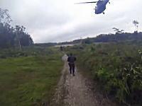 麻薬組織のリーダーを捕らえる特殊部隊の作戦が映画みたいだ動画。コロンビア。