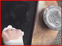 猫を焼却炉で焼き殺す日本人女の映像に批判が殺到。動画ありだけど見たくない動画。