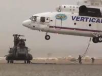 チヌーク(大型輸送ヘリ)を吊り上げて運ぶMi-26(マンモス大型ヘリ)のビデオ。
