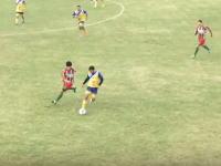 サッカーの試合中に顔面に膝を食らった選手が死亡。その事故の映像が公開される。