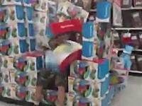 バカッター動画。ホームセンターの陳列に突っ込んで破壊するDQN「速攻逃げた爆笑」