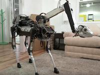 1分28秒でワロタ。例の四つ足ロボットが進化して家庭用になっていた!?