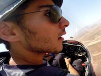 グライダーの緊急着陸GoPro。離陸中にウインチ曳航のケーブルが切断!冷静な判断で命が助かった動画。