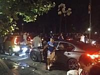 セントラルパークにシャワーズ(ポケモンGO)が出現したとの情報が入り人が殺到する。