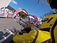 ツール・ド・フランス2016で酷いアクシデント。膨らませたゲートが崩壊してアタック中の選手に直撃。