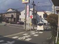 この交差点に何があるんだ。いつも事故が起きる魔の十字路での衝突事故10連発。