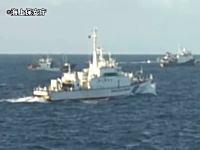 尖閣沖で領海侵入した中国船の映像が公開される。対応する海保の巡視船。