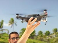 【DJI】ケース不要でどこにでも持ち運びのできる空撮ドローンDJI Mavicが登場。