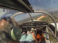 おっさん冷静すぎるやろww飛行中にプロペラが飛んで行った飛行機を冷静に着陸させたパイロット。