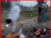 公道バイクレースで子供2名を含む3名が死亡する事故。動画2つめ再生注意。