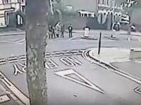 少女2人の神回避。家族3人がはね飛ばされたひき逃げ事件の映像が公開される。