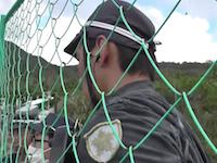 「土人」沖縄ヘリパッド問題で市民の抗議に暴言を吐いた大阪府警機動隊の映像が炎上中。