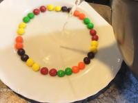 カラフルなキャンディと少量のお湯でできるちょっと楽しいこと☆スキットルズ&お湯