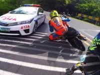 こいつらまじキチガイ。フィリピンの公道レースが勇敢とかそんなレベルじゃない。