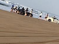 千里浜でトヨタ86が埋まってた(笑)なぜそこを走ろうと思った?wwwwwww