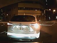 勘違いしたDQNが降りてきた車載(´・_・`)クラクション鳴らしたいけどこんな時どうする?