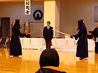 剣道って奥が深すぎるだろ。達人同士の間合い駆け引きは素人にはまったく分からない。