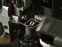あんな小さな部品をこんな大掛かりな機械で作るの!?日本の工作機械のビデオが海外でこれから話題になる。