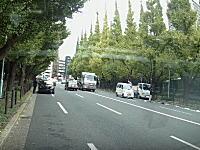 立ち尽くす加害者。東京港区の都道414号線で撮影された人身事故の瞬間。