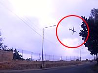 地中海のマルタで航空機が墜落。その映像がドライブレコーダーに記録されていた。